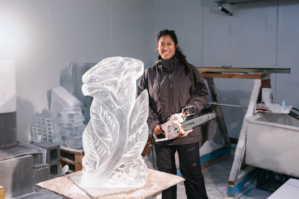 anne-marie-taberdo-ice-sculpture-42.jpg