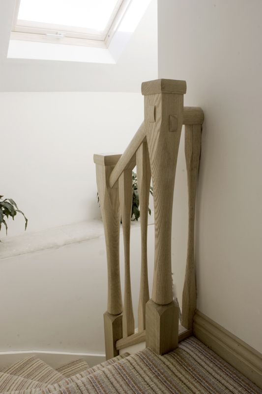 www.stockwell-ltd.co.uk   6-kite mid-winder staircase with Richard Burbidge oak slender balustrade.