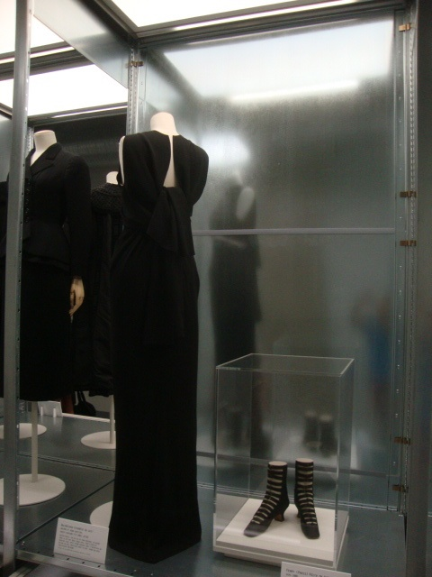 The photograph that Natasha took in July 2012 at the Cite de la Mode et du Design of the Balenciaga dress .