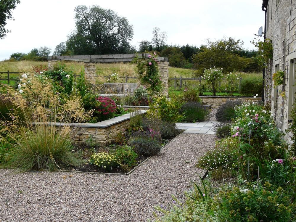 View in Grantham garden.jpg