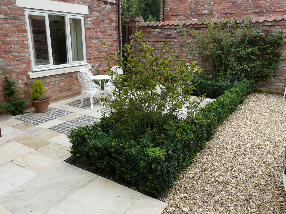 Small garden in Harmston.jpg