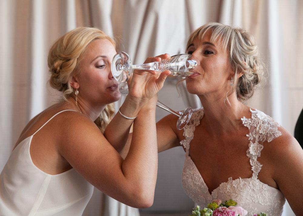 Kansas+City_Small+Wedding_Elope_Intimate_Ceremony_Best+Friends_5.jpg