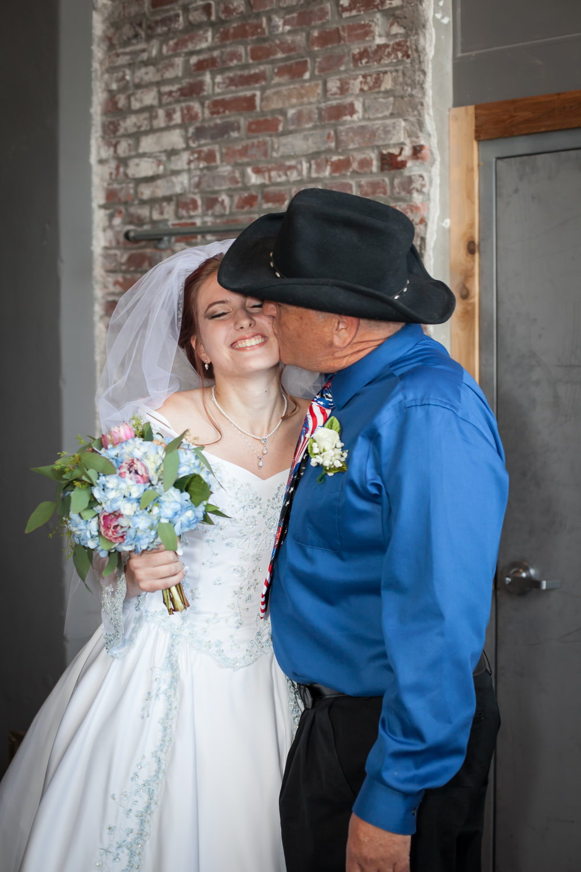 Kansas_City_Small_Wedding_Venue_Elope_Intimate_Ceremony_Budget_Affordable_WeddingDay-27.jpg
