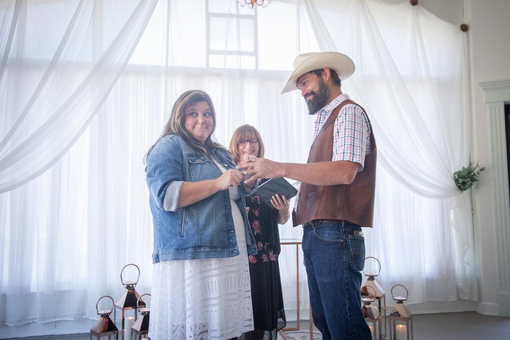 Kansas_City_Small_Wedding_Venue_Elope_Intimate_Ceremony_Budget_Affordable_Wedding Day-36.jpg