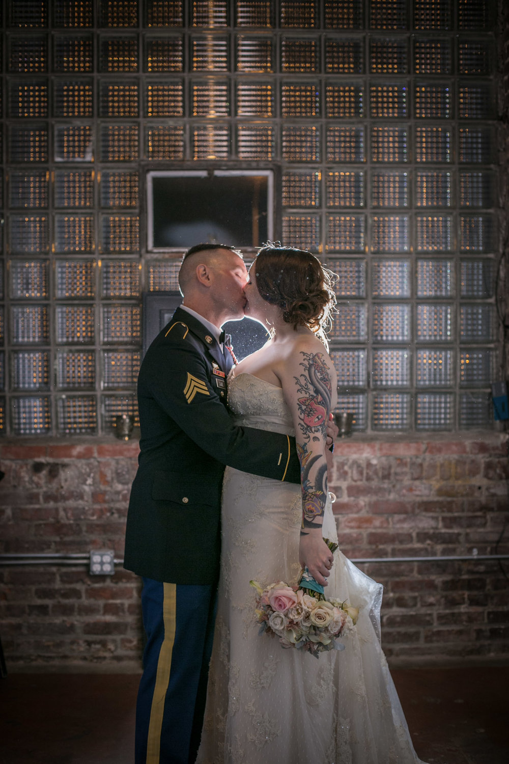 Kansas_City_Small_Wedding_Venue_Elope_Intimate_Ceremony_Budget_Affordable_Andrew&Sydney_287.jpg