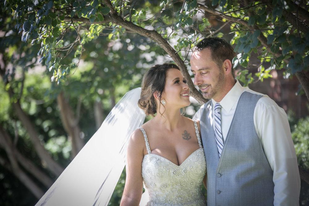 Kansas_City_Small_Wedding_Venue_Elope_Intimate_Ceremony_Budget_Affordable_Mindi&Craig_154.jpg