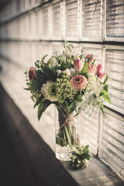 Kansas_City_Small_Wedding_Venue_Elope_Intimate_Ceremony_Budget_Affordable_Sophie&Philip_004b.jpg