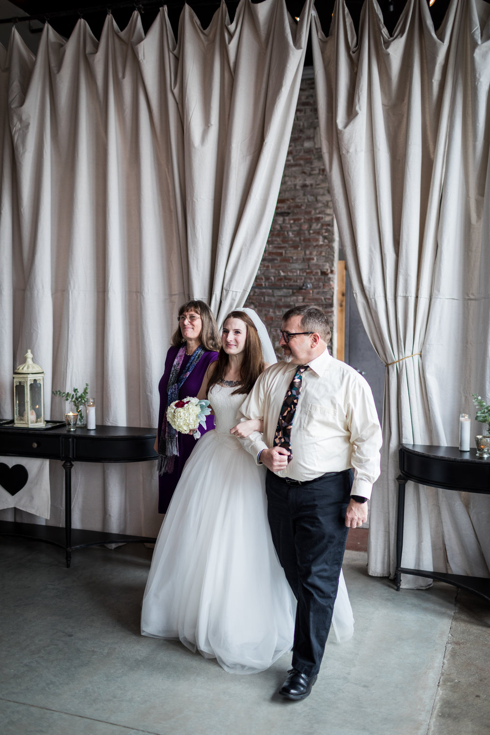 Kansas_City_Small_Wedding_Venue_Elope_Intimate_Ceremony_Budget_Affordable_15MinWedding-065.jpg