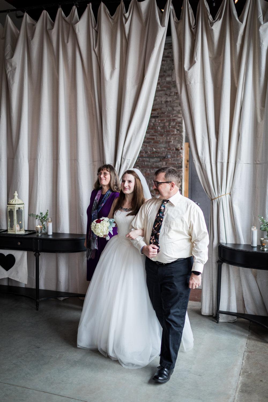 Kansas_City_Small_Wedding_Venue_Elope_Intimate_Ceremony_Budget_Affordable_15MinWedding-065.jpg