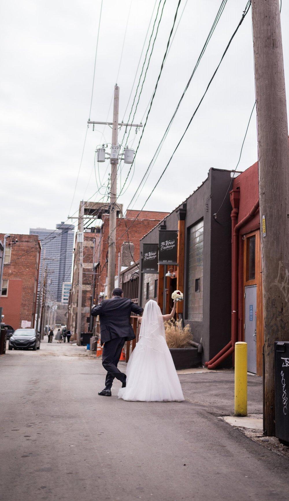 Kansas_City_Small_Wedding_Venue_Elope_Intimate_Ceremony_Budget_Affordable_15MinWedding-180.jpg