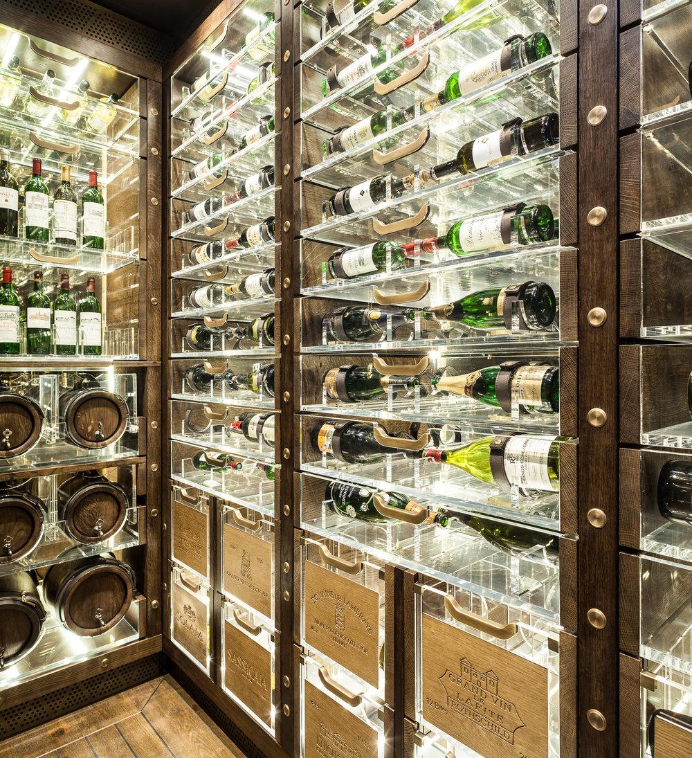 20170313_yacht_wine_cellar_0167.jpg