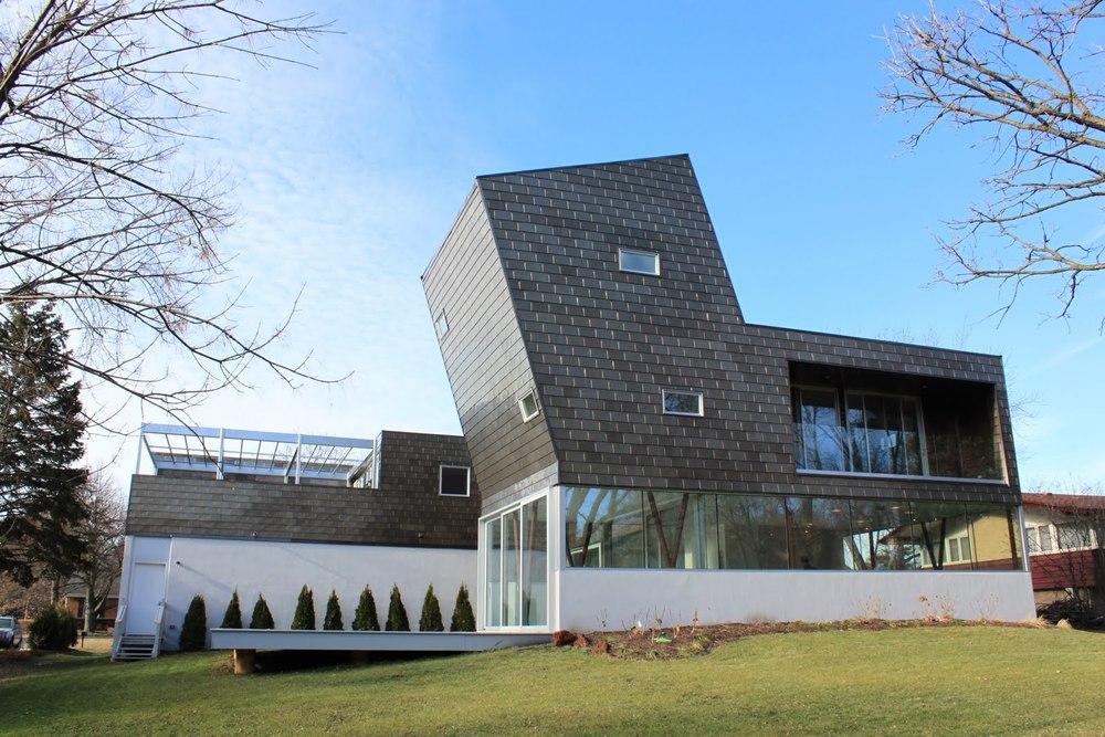 013 - 31 windsor residence.JPG