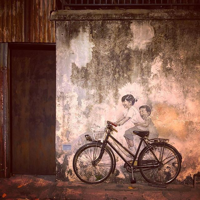 My favorite part of #Penang is all the rad #streetart!