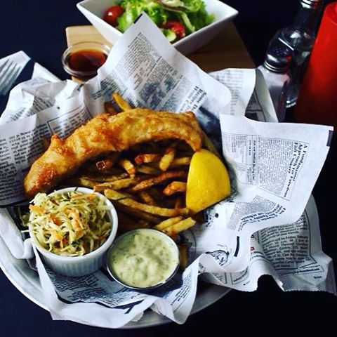 It's fish n chip Friday. Why wouldn't you?  #Fishandchips #oysterhappyhour #shareyourfood #oysterhouse #56temperance