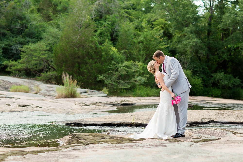 WitwiskiWedding_TheMillAtFineCreek_BLOG_0107.jpg