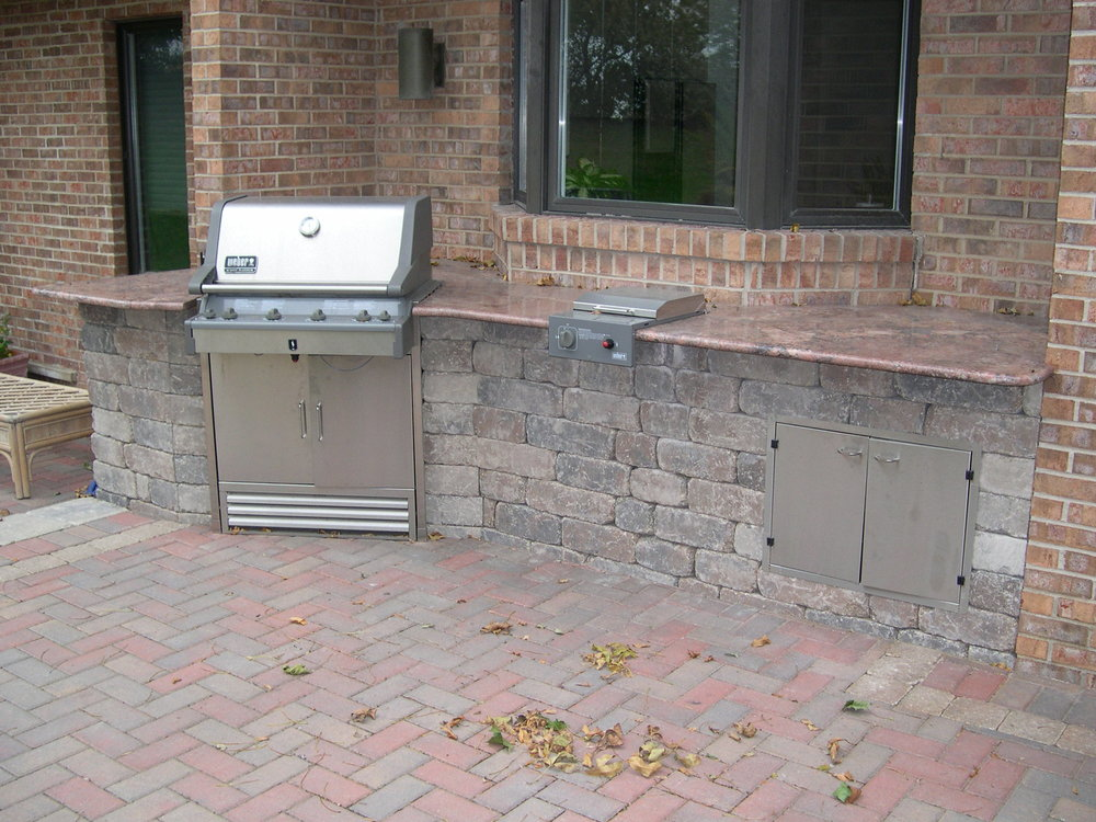 Outdoor Kitchen II.JPG