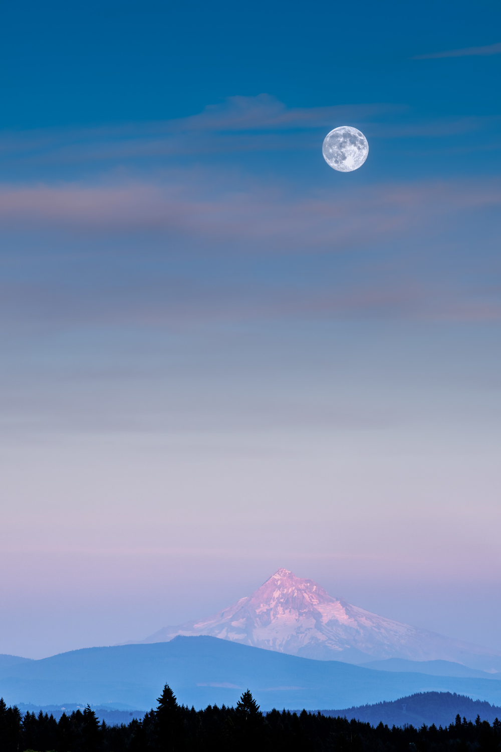 Mt. Hood Big Moon.jpg