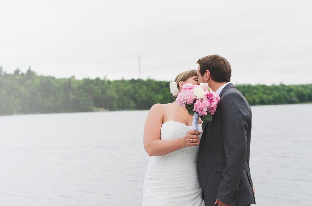 Love flowers kiss.jpg