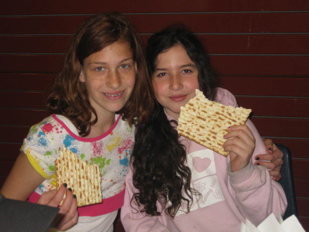 pesach at hebrew school 2011 052.JPG