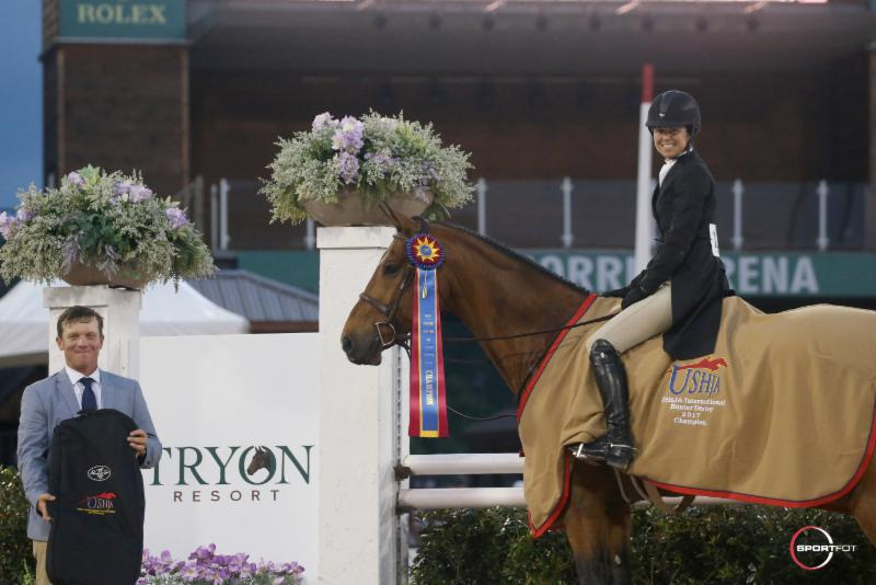 Liza Boyd and Clemens won the USHJA International Hunter Derby at Tryon