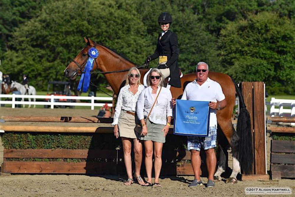 Liza Boyd and Clemens won the USHJA National Hunter Derby
