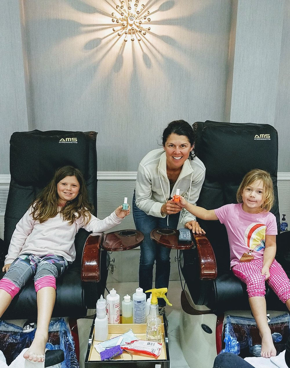 "Monday ""Fun Spa Day"" with Elle, Liza and Adeline Boyd."