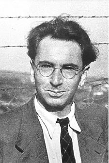 Victor Frankl și-a pierdut tatăl în ghettoul-închisoare de la Terezin, mama și fratele la Auschwitz, soția la Bergen-Belsen.