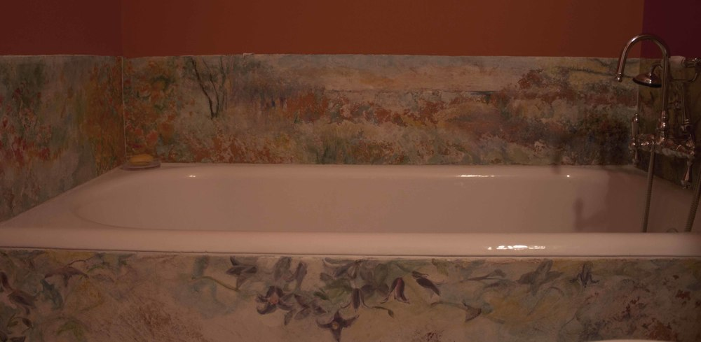 Floral Bathroom Surround