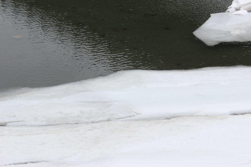 Ice White River 5