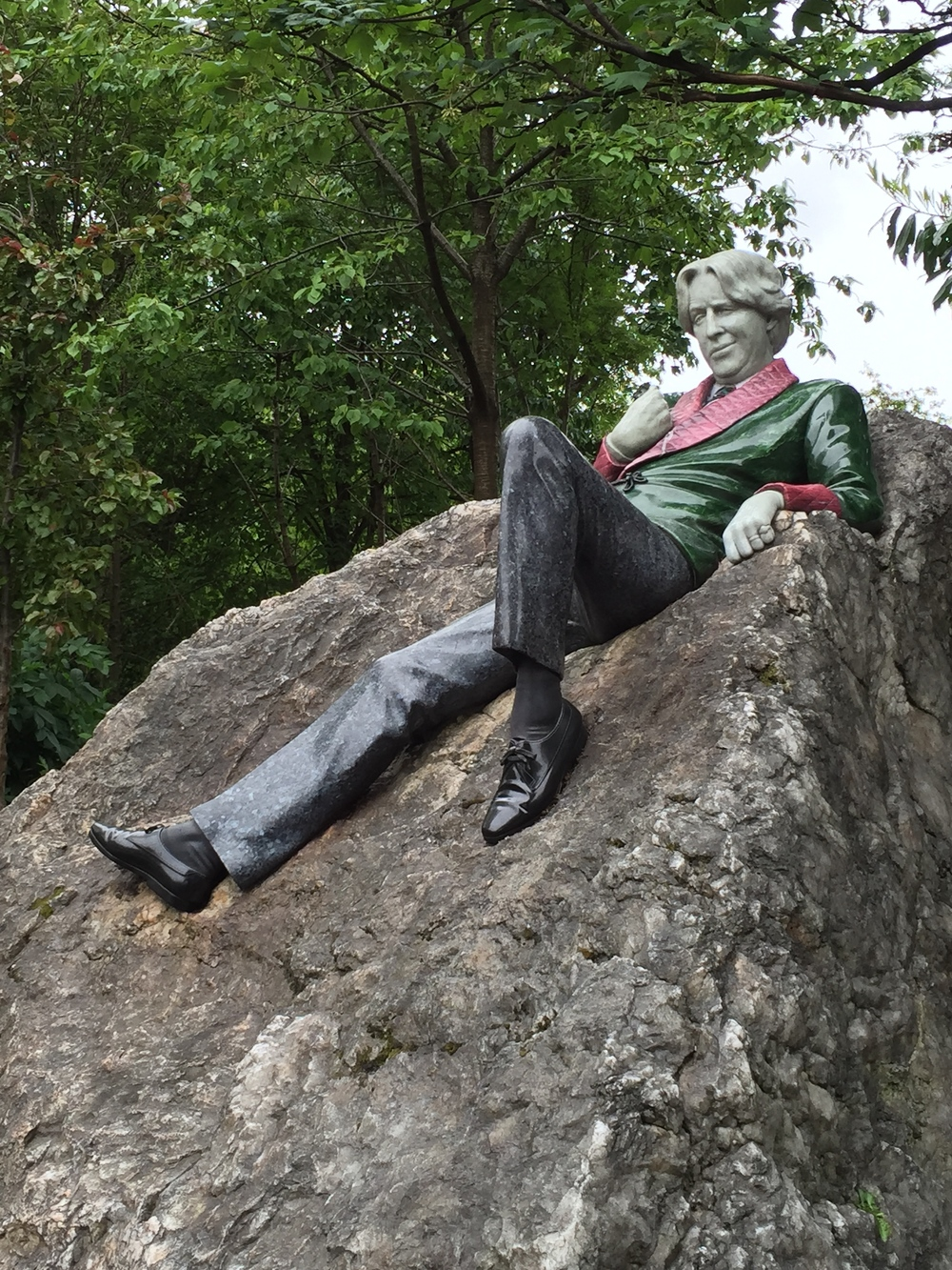 Marble sculpture in Merrion Square by artist Danny Osborne(1997).