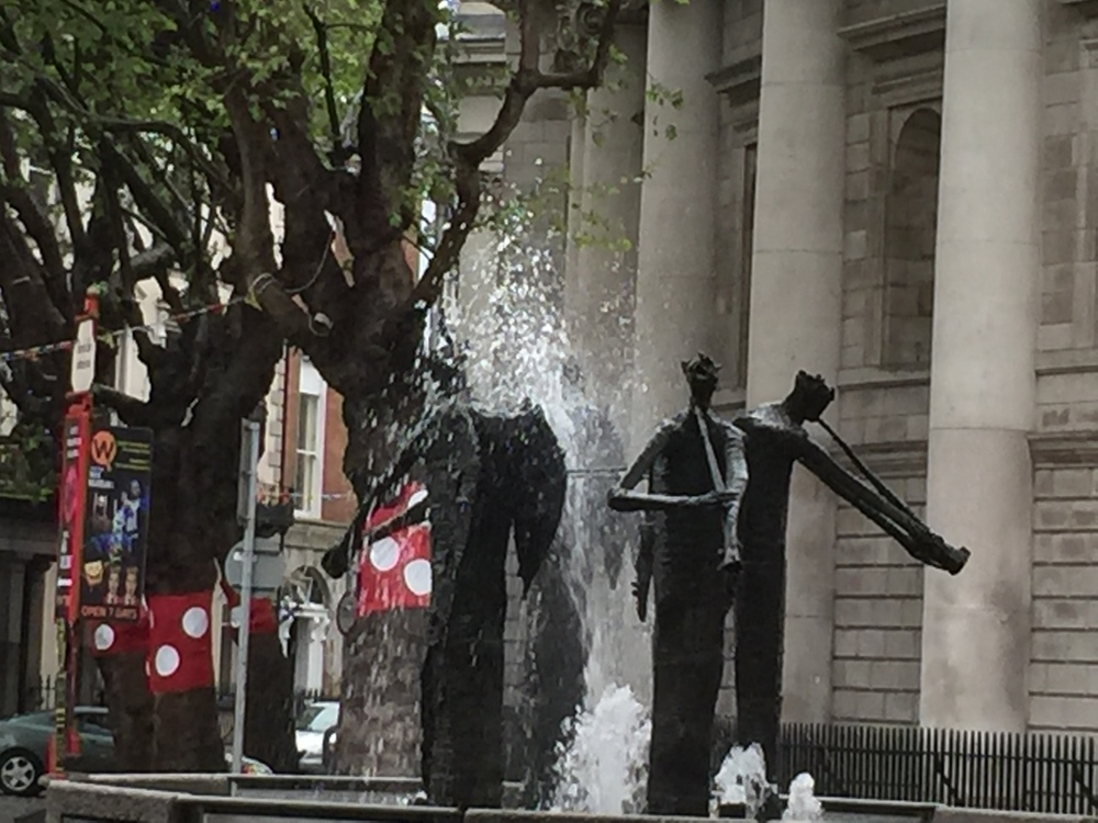 Four Trumpeters, O'Connell Street.