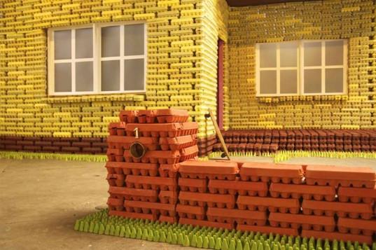 Egg-Carton-House-3-537x357.jpg