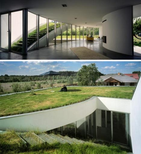underground-home-with-green-roof.jpg