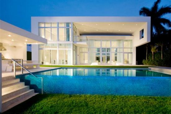 White-Domination-in-Miami-Real-Estate-House-Design-and-Decor-modern-contemporary-minimalist-luxury-home-trends-ideas-2010-picture.jpg