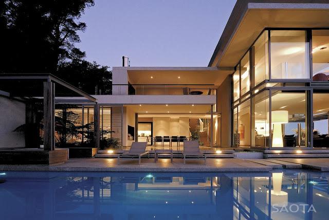 Modern_Villa_Montrose_House_by_SAOTA_Cape_Town_South_Africa_world_of_architecture_worldofarchi_08.jpg