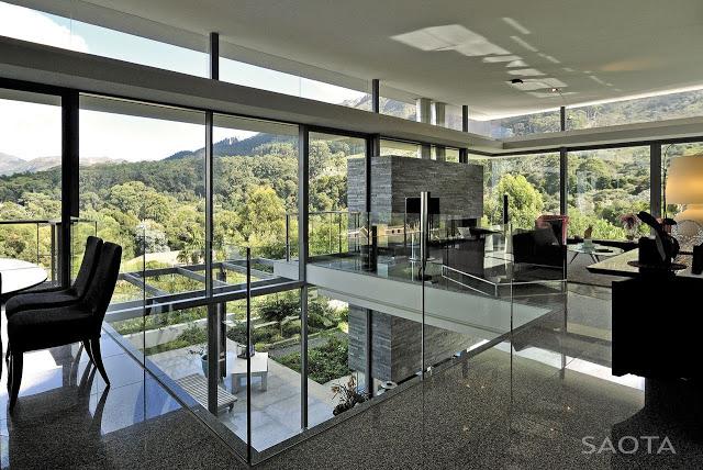 Modern_Villa_Montrose_House_by_SAOTA_Cape_Town_South_Africa_world_of_architecture_worldofarchi_15.jpg