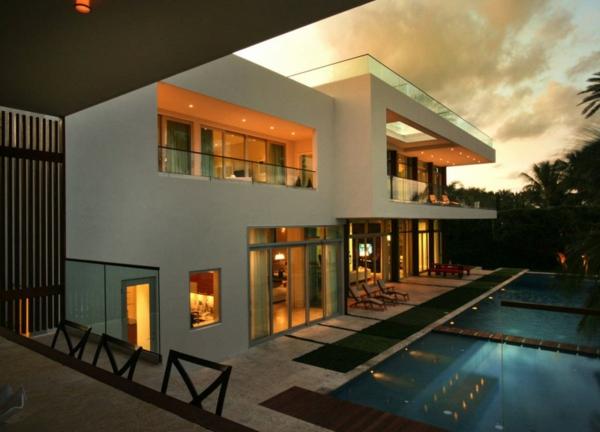 contemporary-luxury-waterfront-house-miami-4.jpg