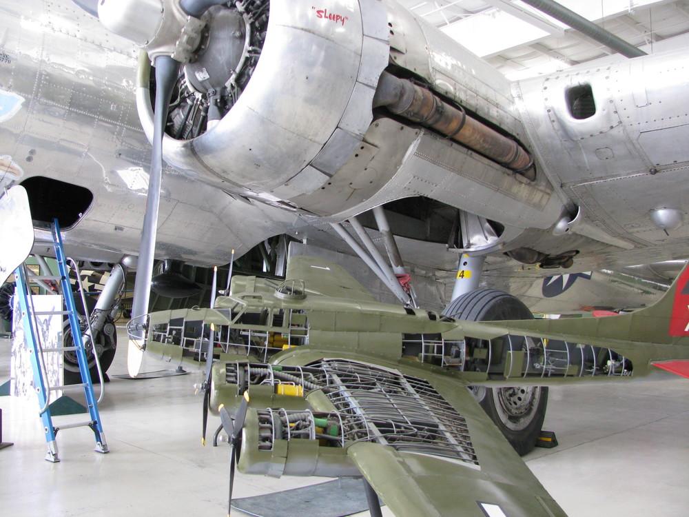 b-17model.jpg