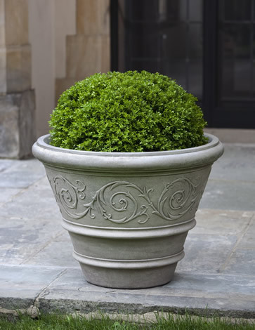 Arabesque Rolled Rim Planter