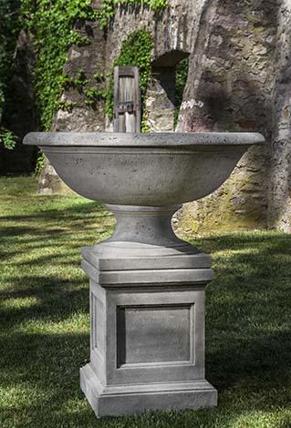 Monteros Urn $1180