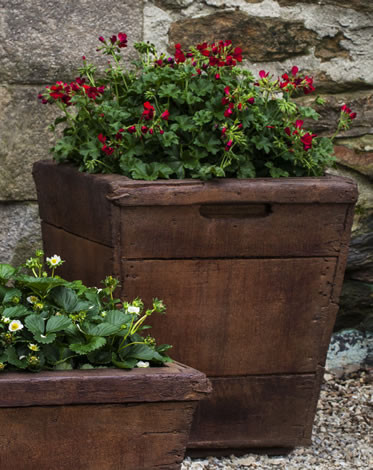 Vendange Medium Planter $355