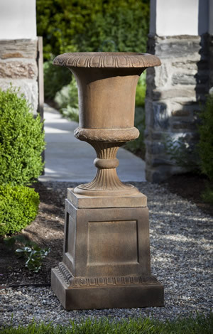 Williamsburg Jefferson Urn $275