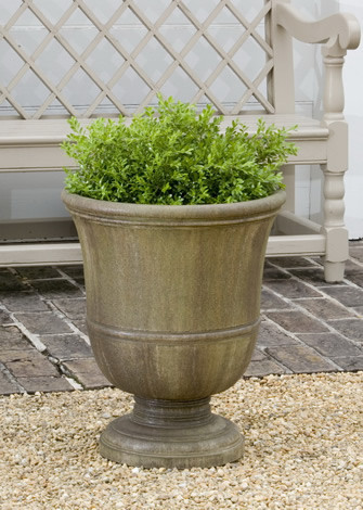Williamsburg Orangery Urn $245
