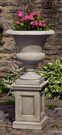 Williamsburg Wilton Urn