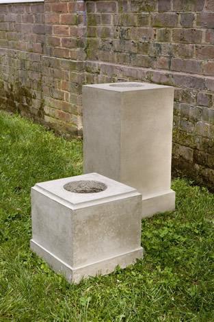 Classic Tall Pedestal