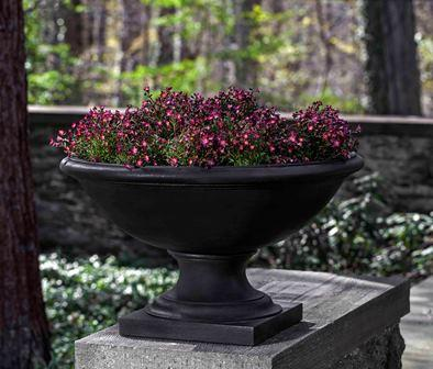 Low Savannah Urn