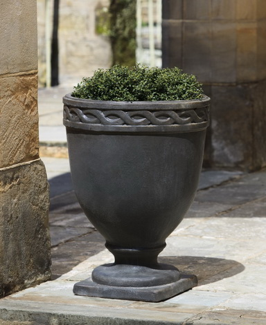Veneto Large Urn
