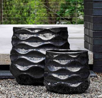 Rumba Planter, Ice Black