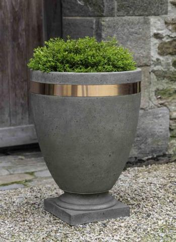 Moderne Tall Planter