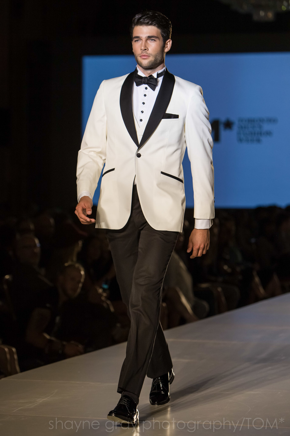 Shayne-Gray-Toronto-men's-fashion_week-TOM-christopher-bates-7396.jpg